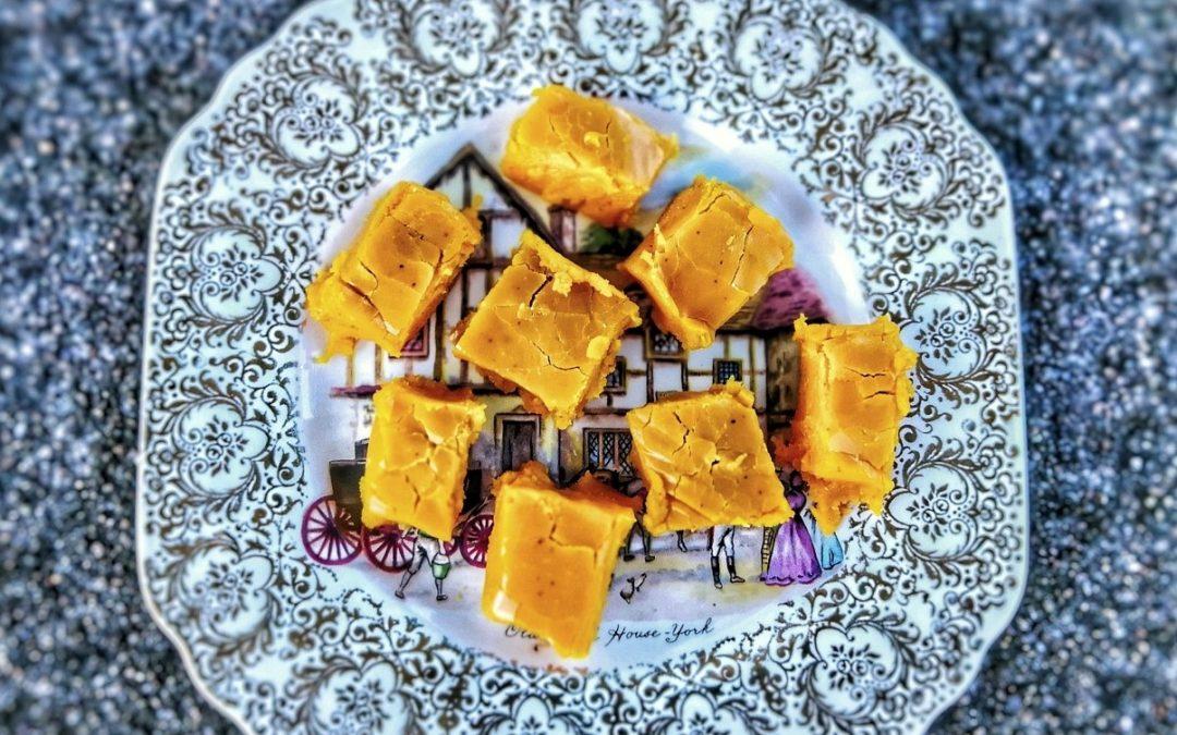 Saffransfudge med vit choklad och chili